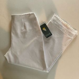LYSSE White Ponte Embellished Hem LEGGINGS M NWT
